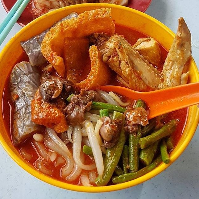 Curry Laska (RM8) - super yum yum!