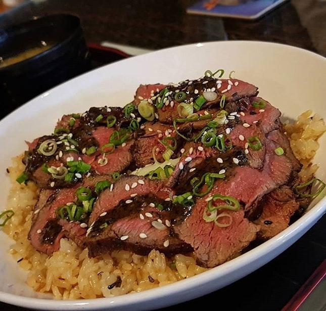 Tenderloin Donburu ($18), this is good but the signature 72hrs beef short ribs stick tastes better!
