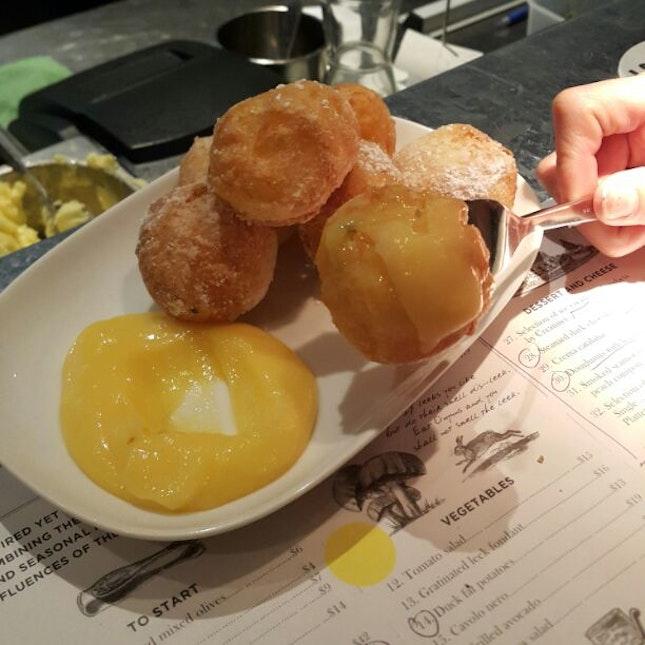 Doughnuts With Lemon Curd