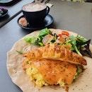 Avo smoked salmon croissant with eggs