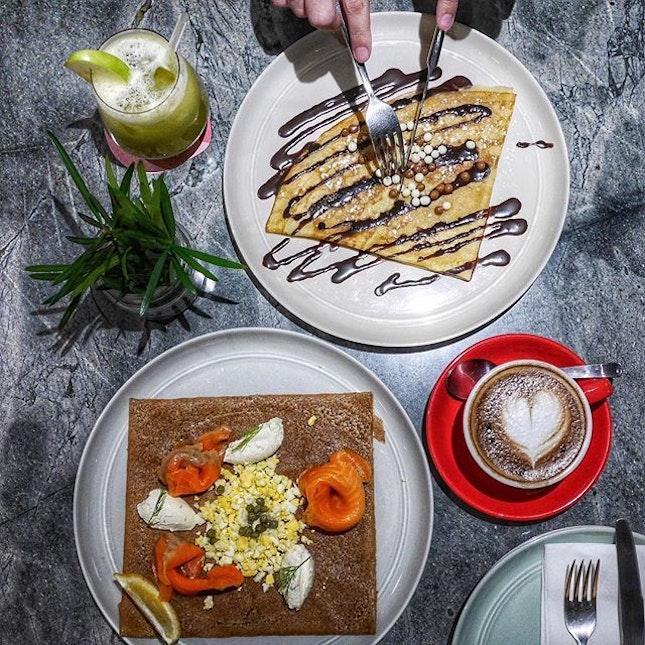 Chocolate Sweet Crepes vs Smoked Salmon Savoury Galettes @thedailyroundupcafe #thedailyroundup #burpple #burpplesg