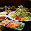 @lanting_sg Treasure Salmon Yu Sheng at $38 for 5 pax / 58 for 10 pax.