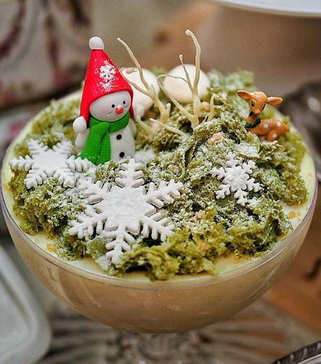 [Christmas @ Antoinette] .