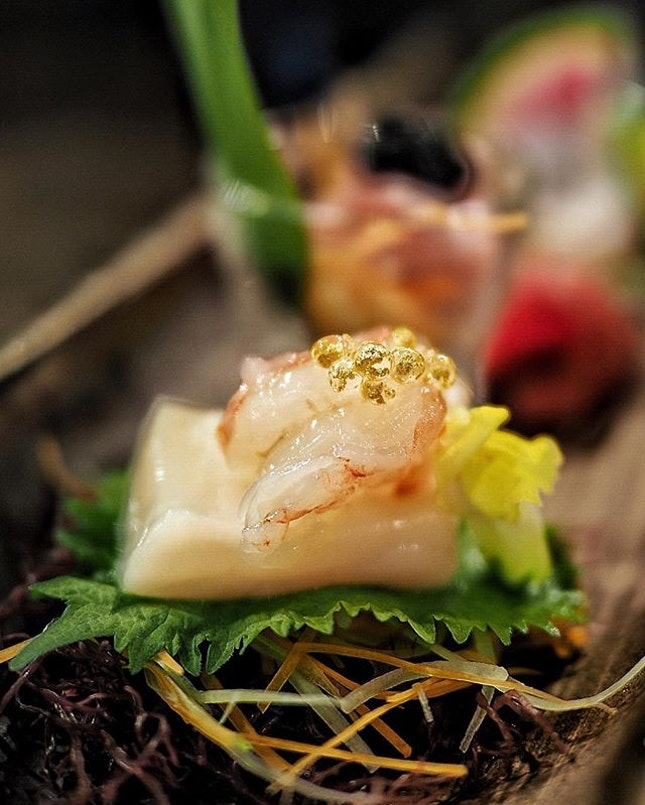 Dine at @castironsg Secure your table via HungryGoWhere @hungrygowhere to enjoy the 8-Course Omakase at only $68++ (UP: $128++) that includes appetizer, sashimi, deep fried item, seafood, grilled item, sushi, soup and dessert.