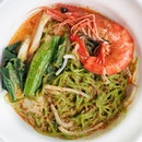 A bowl of Laksa for breakfast at The Line @shangrilasg .