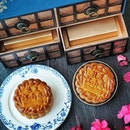 Jiang-Nan Chun @fssingapore unveiled Exquisite Botanical Inspired Mooncake Box housed with a Baked Skin Collection of: .
