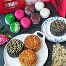 [GIVEAWAY – Assorted Baked Mooncakes] .