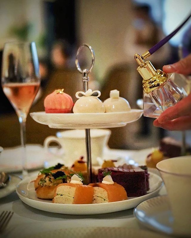Afternoon Tea experience at @stregissg The St.