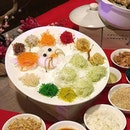 Hop into year 2020 at Silk Road @amarasingapore on a auspicious note with Prosperity Salmon Yusheng!