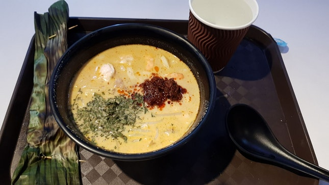 Local delights : Laksa+otak