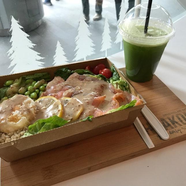 Salmon Salad Bowl ($11.90)