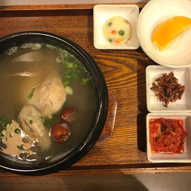 Korean Things 🇰🇷