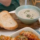 Mushroom Soup & Bread