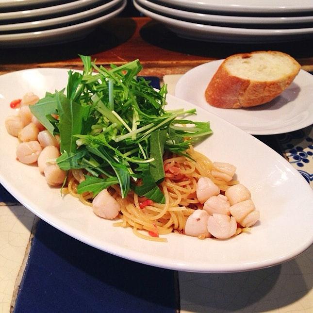 アンチョビと小柱、桜海老のペペロンチーノ 水菜ぞえ