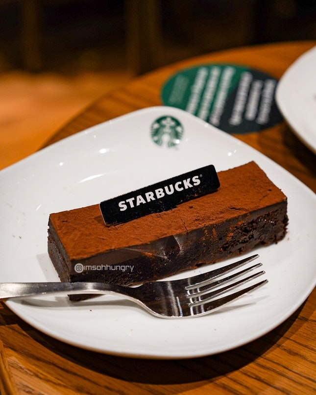 Starbucks X Awfully Chocolate, special holiday collaborations