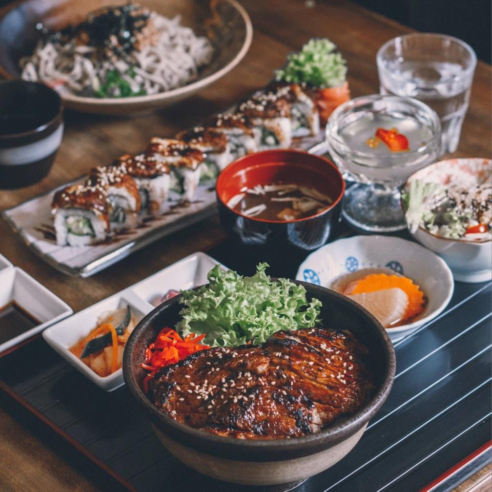 Peaceful Japanese Cuisine