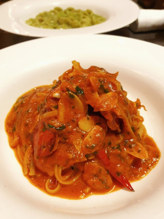 Boston Lobster Linguine With Spicy Arrabbiata $34