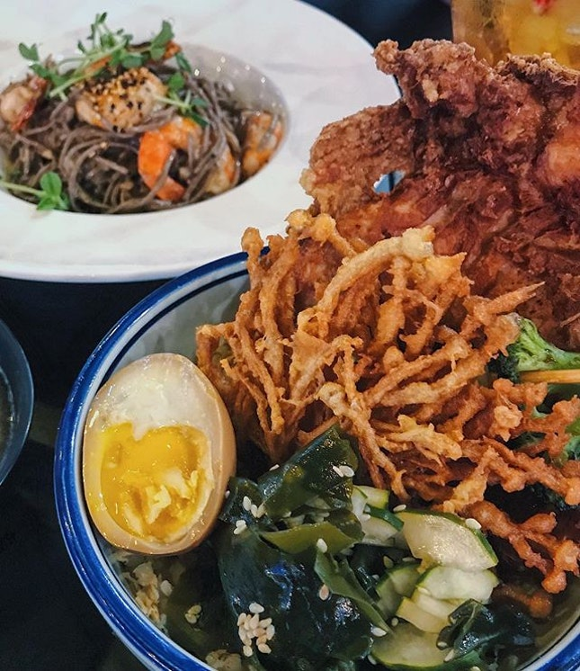 Fried chicken rice bowl and prawn aglio olio soba 😋