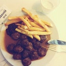 #Thankful this week for a free dinner on wed, and the opp to have #ikea #meatballs for lunch yesterday.