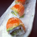 Also had the #salmon #sashimi #avocado roll to share with @lovendlabels over #lunch at #watami - it was yums!