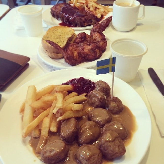 It's been awhile but it's good to be back ;) #datenight #ikea love their digital signage #meatballs #fries #ribs #wings #garlicbread #burpple #sgeats #swedisheats haha