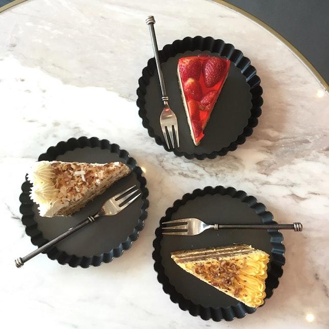 Hummingbird Cake, Strawberry Tofu Cheesecake and Carrot Cake
