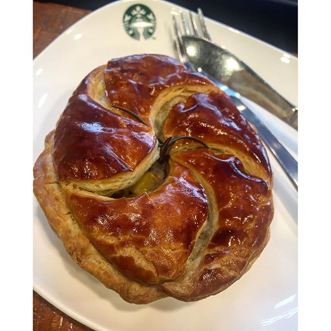 Had a chance to try Starbucks turkey Christmas pie today.