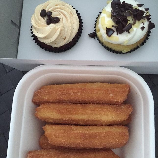 Churros And Cupcakes