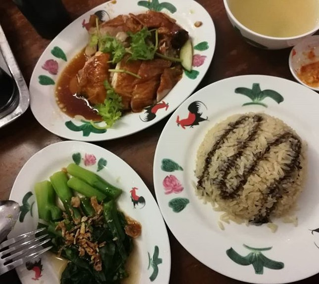 Wee Nam Kee's chicken rice is the best in Singapore.