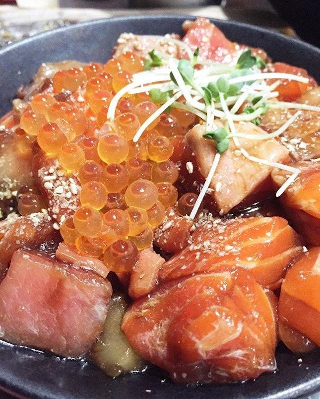 Kaisendon [$16.90] Generous servings of assorted chunky sashimi marinated with their house sauce not only brings out the sweetness of the seafood, but easy on the palate as well!