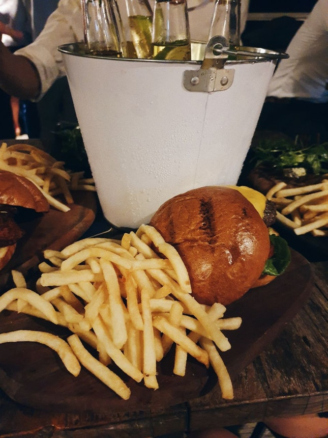 Black Angus Burger [$25++]
