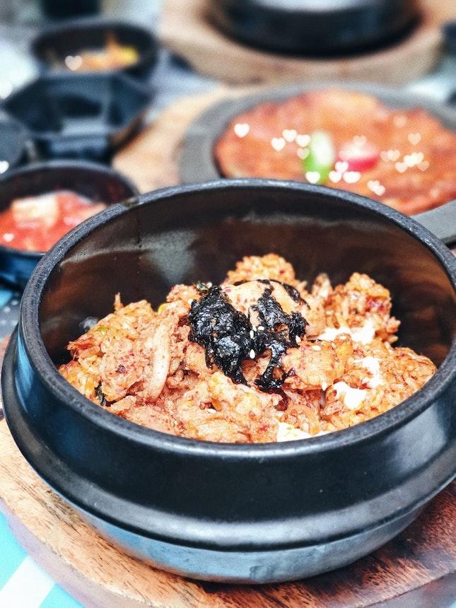 Cheesy Kimchi Fried Rice - Chicken [$10]