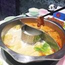 Taiwanese Steamboat at Shi Li Fang • Tonic Chicken Soup & Tomato Soup.