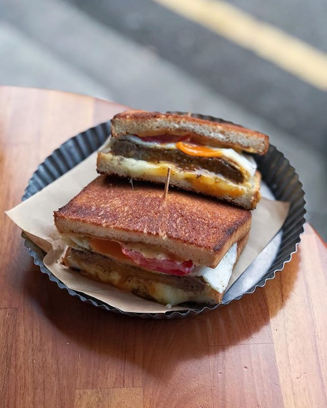 Beef Egg thick toast [170TWD] .