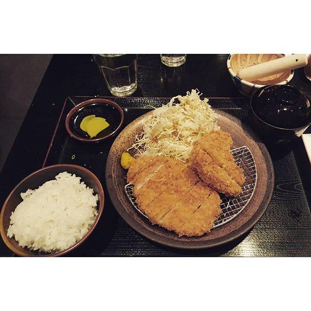 Hire & Rosu Katsu 🐖🍖 #tonkichi#friday#sgfood#burpple#foodporn#sgig#instadaily#foodie#fooddiary#foodgasm#japanesefood#katsu#porkloin