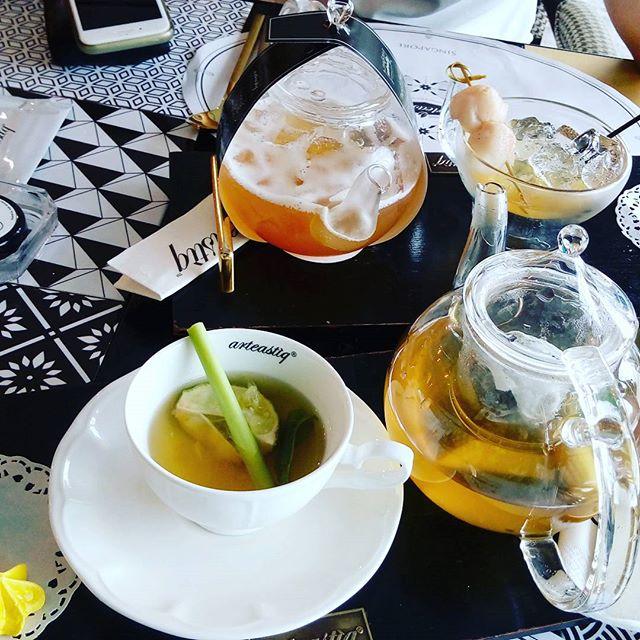 Lemongrass Mint Tea and Lychee Cold Tea.