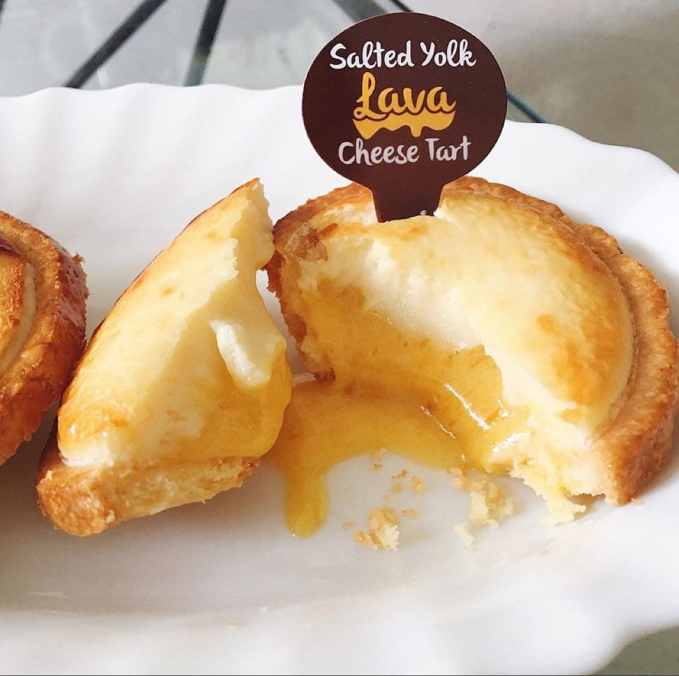 Salted Yolk Lava Cheese Tart