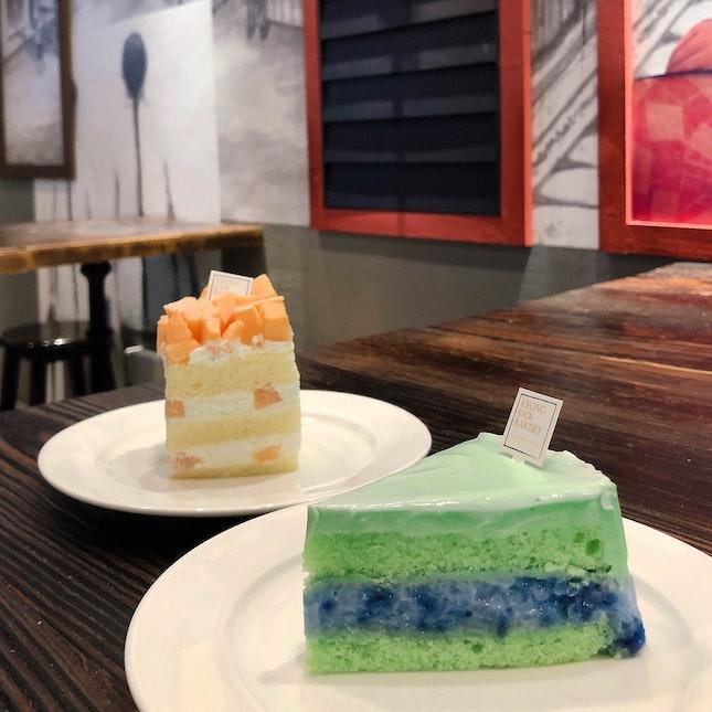 Rockmelon Shortcake & Mama Kueh Salat Cake