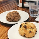 orange cranberry scone n date walnut scone — preferred the latter, whr the sweet n nutty flavours complemented perfectly.