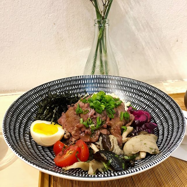 Mangalica Chashu ($17.00) & Sake Soy Marinated Beef ($18.00) | A small little shop, serving dishes with a light palette.