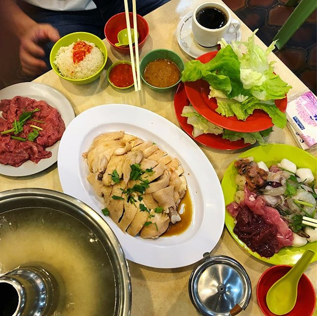 Famous steamboat chicken rice of generations!!