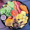 The Botanist Breakfast ($23nett)- It's huge and has everything you want in a breakfast platter.