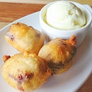Fried mars ball with vanilla ice cream 🙀😻🎋