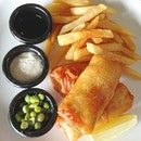 Battered fish n chips with fries 🐠🍟🍴