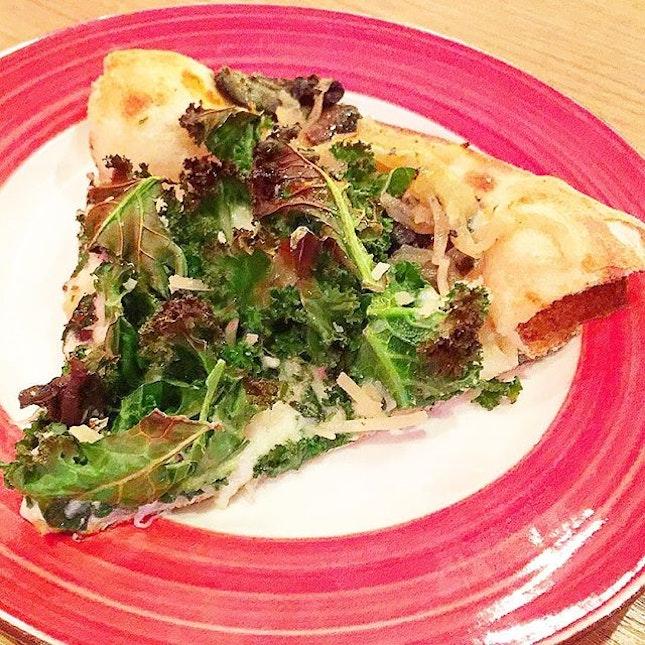 ALTPIZZA --------------- TRUFFLE SHUFFLE --------------- Thin crust pizza with white sauce, Parmesan, mozzarella, roasted mushroom, kale and white truffle oil.