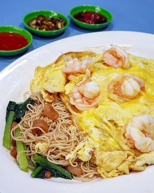 Yellow Cloth Noodles from Quan Ji 權记 @ Amoy Street Food Market ☀️🥢 .