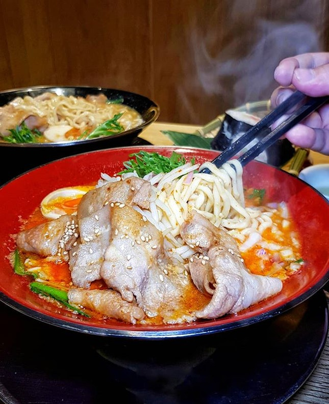 🍜 on a 🌧 = ❤  #SanpouteiRamen originated from Niigata, Japan.