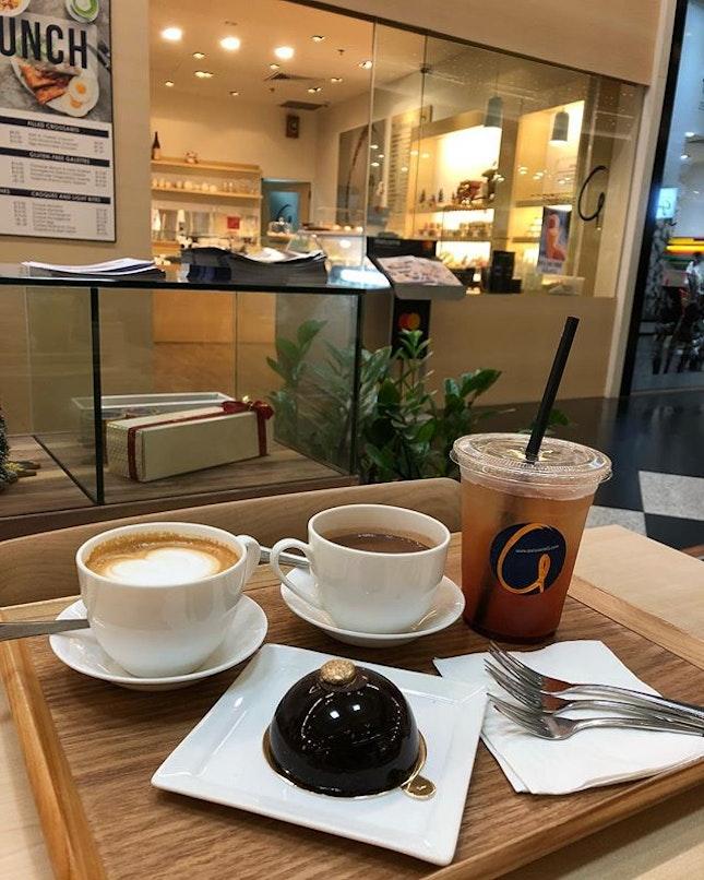 Conversations over Flat White, Ice Lemon Tea, French Hot Chocolate & signature The G Spot 😘😘😘 #burpple
