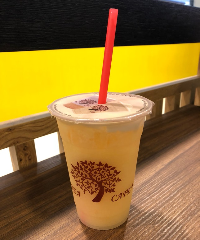 Friday Nite Pre Dinner Drink - Tea Tree Peach Yakult ($4) - One of those popular items on the menu 👍🏻 #burpple