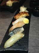 5-Kinds Sushi Selection (part of Rizu Omakase; $35)
